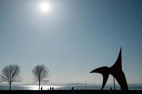 Photo of Puget Sound horizon from the Olympic Sculpture Park in Seattle.