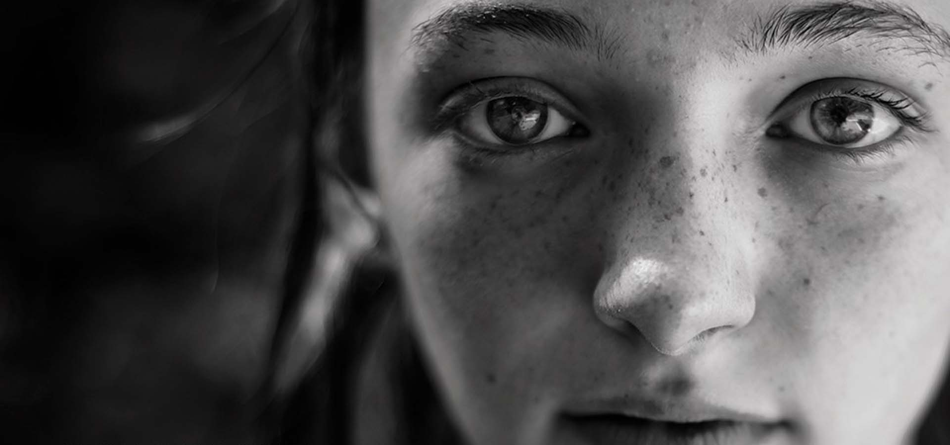 Black & white photo of a girl students face