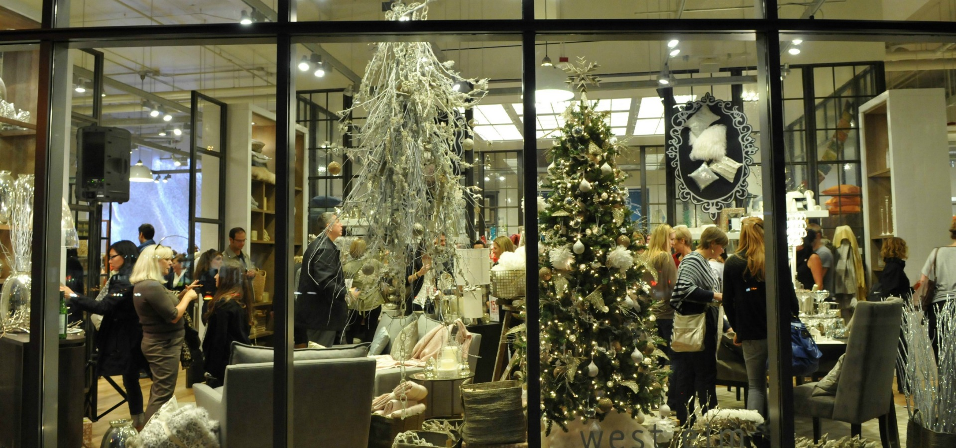 West Elm Christmas Display.West Elm Discover South Lake Union